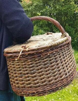 Round large sustainable shopping basket