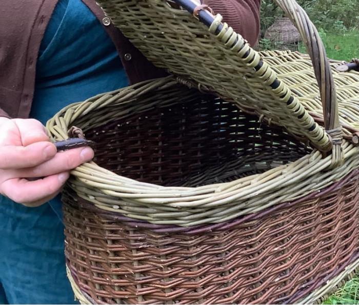 Martha picnic basket, image 3